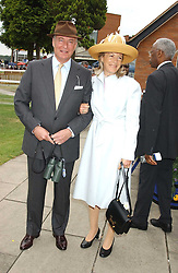 RICHARD & MARY HAMBRO at the King George VI and The Queen Elizabeth Diamond Stakes sponsored by De Beers held at Newbury Racecourse, Berkshie on 23rd July 2005.<br /><br />NON EXCLUSIVE - WORLD RIGHTS