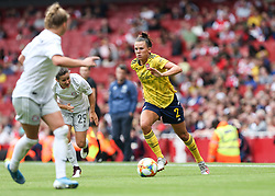 Katerine Veje of Arsenal runs with the ball - Mandatory by-line: Arron Gent/JMP - 28/07/2019 - FOOTBALL - Emirates Stadium - London, England - Arsenal Women v Bayern Munich Women - Emirates Cup