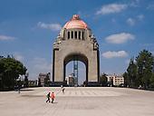 Monumento Ext2 Lo:Medium res