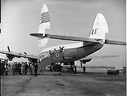 01/05/1958<br /> 05/01/1958<br /> 01 May 1958 <br /> Inaugural New York to Dublin Aerlinte flight arrives at Dublin Airport. Image shows passengers disembarking from the Seaboard Super Constellation aircraft at Dublin Airport.