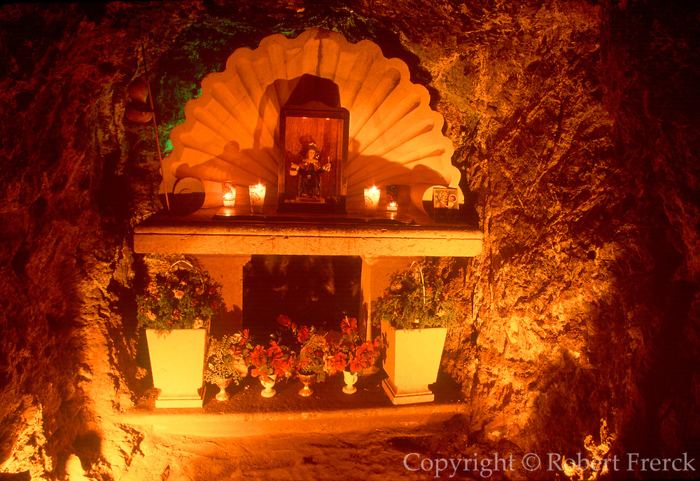 MEXICO, COLONIAL CITIES, ZACATECAS El Eden Mine, first mined by Indians then Spanish in 1548, one of the richest; Atocha Shrine for miners
