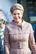 Koningin Maxima is bij het jubileumcongres van CNV Vakmensen. De vakbond viert dit jaar zijn 125-jarig bestaan. <br /> <br /> Queen Maxima attends the anniversary conference of CNV Vakmensen. The trade union is celebrating its 125th anniversary this year.