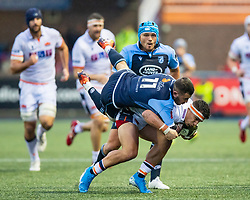 Damien Hoyland of Edinburgh Rugby tussles with Aled Summerhill of Cardiff Blues<br /> <br /> Photographer Simon King/Replay Images<br /> <br /> Guinness PRO14 Round 2 - Cardiff Blues v Edinburgh - Saturday 5th October 2019 -Cardiff Arms Park - Cardiff<br /> <br /> World Copyright © Replay Images . All rights reserved. info@replayimages.co.uk - http://replayimages.co.uk