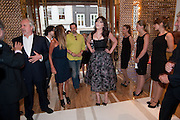 DAISY LOWE, Louis Vuitton openingof New Bond Street Maison. London. 25 May 2010. -DO NOT ARCHIVE-© Copyright Photograph by Dafydd Jones. 248 Clapham Rd. London SW9 0PZ. Tel 0207 820 0771. www.dafjones.com.