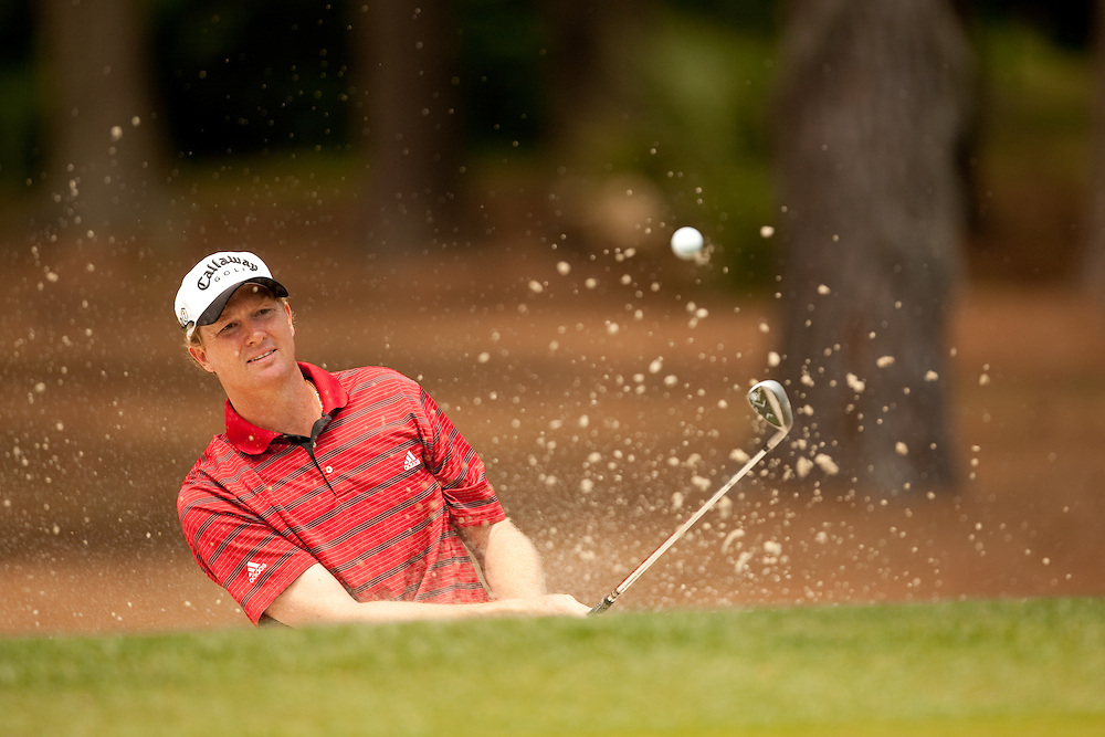 HILTON HEAD, SC - APRIL 19:  Tim Petrovic hits his bunker shot during the fourth round of the 2009 Verizon Heritage in Hilton Head, South Carolina at Harbour Town Golf Links on Sunday, April 19, 2009. (Photograph by Darren Carroll) *** Local Caption *** Tim Petrovic