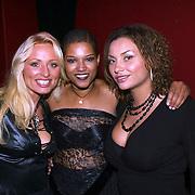 Desray, Linda en Anita Doth