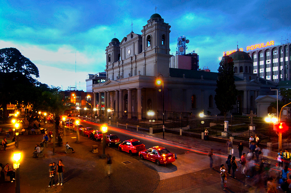 Costa Rica, San Jose, Metroplitan Cathedral, Central Park, Dusk