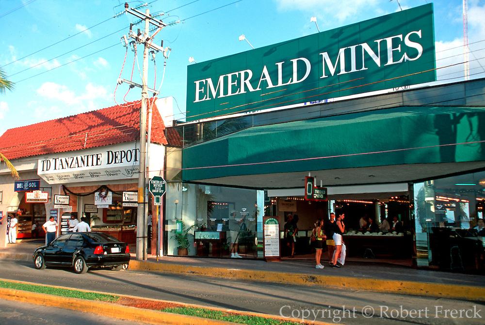 MEXICO, YUCATAN, COZUMEL San Miguel; jewelry shops on Malecon