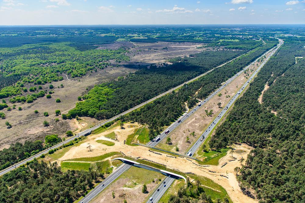 Nederland, Gelderland, Veluwe, 29-05-2019; Rijksweg A1 met ecoduct Kootwijkerzand, omgeving van Stroe.<br /> Highway A1 with ecoduct Kootwijkerzand.<br /> <br /> luchtfoto (toeslag op standard tarieven);<br /> aerial photo (additional fee required);<br /> copyright foto/photo Siebe Swart