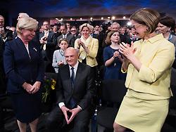 """24.03.2017, Veranstaltungszentrum, St. Pölten, AUT, ÖVP, Landesparteitag Niederösterreich. im Bild v.l.n.r. Landeshauptmann Niederösterreich Erwin Pröll mit seiner Frau Elisabeth """"Sissi"""" (L) und Landeshauptmann-Stellvertreterin Niederösterreich Johanna Mikl-Leitner (R) // during convention of the austrian people´s party of lower austria in St. Poelten, Austria on 2017/03/24. EXPA Pictures © 2017, PhotoCredit: EXPA/ Michael Gruber"""