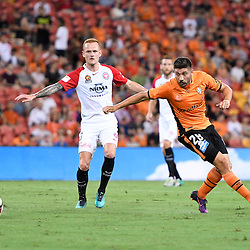 BRISBANE, AUSTRALIA - JANUARY 28: Brandon Borrello of the Roar and Jack Clisby of the Wanderers in action during the round 17 Hyundai A-League match between the Brisbane Roar and Western Sydney Wanderers at Suncorp Stadium on January 28, 2017 in Brisbane, Australia. (Photo by Patrick Kearney/Brisbane Roar)