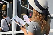 Mannheim. 30.03.14 Friedrichsfeld. Waldrennbahn. Pferderennen auf der Pferderennbahn.<br /> <br /> Bild: Markus Proßwitz 30MAR14 / masterpress / images4.de