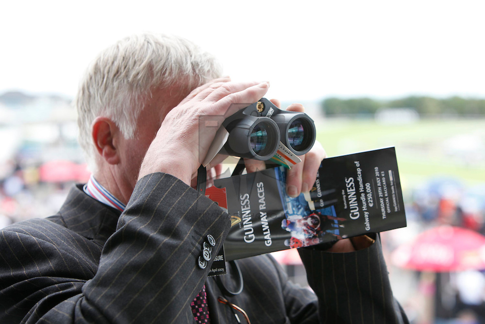 Pictured at the Galway Races Ladies Day 2010. Pic Andres Poveda