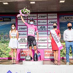 19-09-2020: Wielrennen: Giro Rosa: Motta Montecorvino<br /> VAN DER BREGGEN Anna ( NED ) – Boels - Dolmans Cycling Team ( DLT ) - NED – Leader Jersey