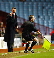 Photograph: Scott Heavey.<br /> Aston Villa v Portsmouth. FA Barclaycard Premiership. 06/01/2003.<br /> David O'Leary shouts at the referee's assistant