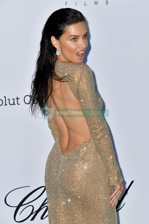 Cannes - Naked Back - Adriana Lima attends the 2018 amfAR Gala on May 17, 2018 in Cap D'Antibes, France. Photo by Lionel Hahn/ABACAPRESS.COM
