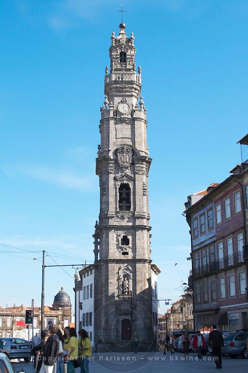 torre dos clerigos church porto portugal