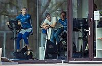 UTRECHT  -  warming up Jip Janssen (Kampong)  en rechts de geblesseerde Sander de Wijn (Kampong)  . oefenwedstrijd Kampong HI- PINOKE HI (5-2).  COPYRIGHT KOEN SUYK