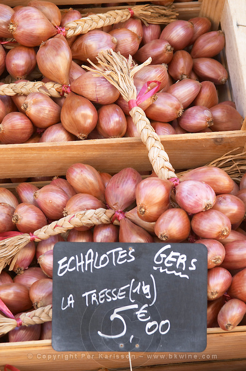 On a street market. Oinions. Bordeaux city, Aquitaine, Gironde, France