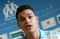 Fotball<br /> Frankrike<br /> Foto: Dppi/Digitalsport<br /> NORWAY ONLY<br /> <br /> FOOTBALL - FRENCH CHAMPIONSHIP 2008/2009 - OLYMPIQUE MARSEILLE - 2/07/2008 - HATEM BEN ARFA (OM NEW PLAYER) PRESENTATION IN MARSEILLE DURING THE PRESS CONFERENCE