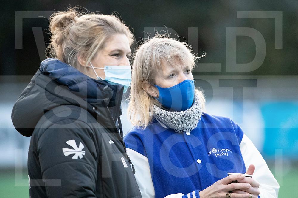 Laren, Hoofdklasse Hockey Dames, Seizoen 2020-2021, 15-04-2021, Laren - Kampong 2-1, manager Marielle de Vuijst-Hoogendoorn (Kampong)<br /><br /> COPYRIGHT WORLDSPORTPICS WILLEM VERNES