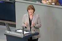DEU, Deutschland, Germany, Berlin, 23.04.2021: Deutscher Bundestag, Ulla Schmidt (SPD) bei einer Rede in der Debatte zum Antrag von Bündnis 90/Die Grünen zur besseren Absicherung von Solo-Selbstständigen in der Kultur- und Kreativwirtschaft.