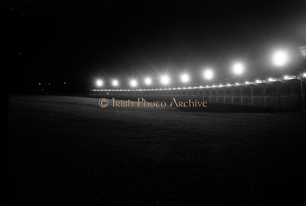14/05/1965<br /> 05/14/1965<br /> 14 May 1965<br /> New Golf Range at Leopardstown, Foxrock, Dublin. Image shows a view of the range with the flood lights in action.