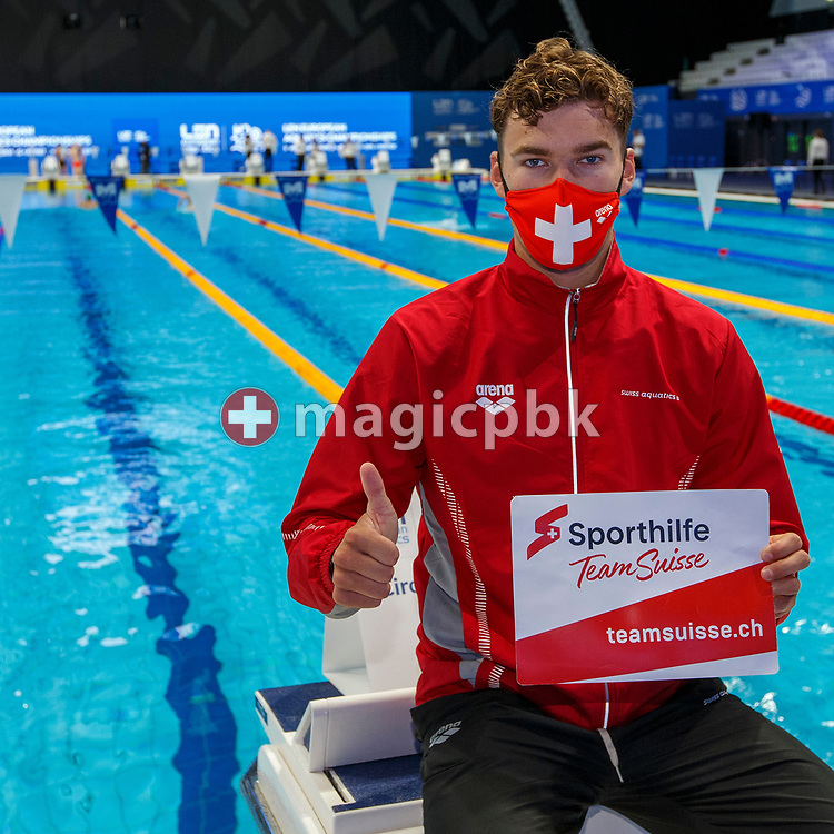 Thierry Bollin of Switzerland poses with Sporthilfe Team Suisse teamsuisse.ch sign during the swimming events of the LEN European Aquatics Championships in Budapest, Hungary, Saturday, May 22, 2021. (Photo by Patrick B. Kraemer / MAGICPBK)