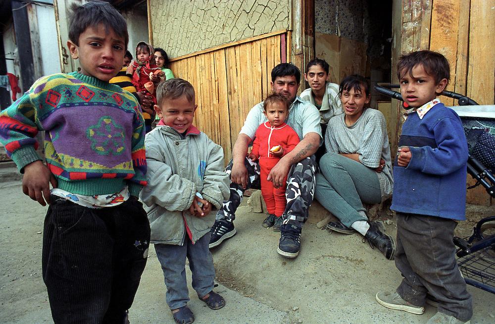 Jarovnice/Slovak Republic, Slovakia, SVK, 06.08.2003: Roma family and neighbours in  JAROVNICE - the biggest Roma Settlement in eastern Slovakia.