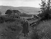 01/02/1957<br /> 02/01/1957<br /> 01 February 1957<br /> View of Farmhouse near Bantry, possibly Drinagh, Co. Cork.