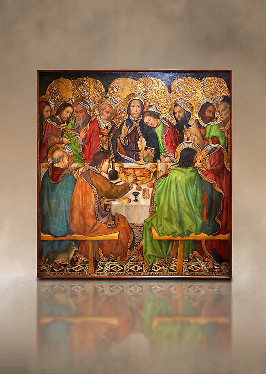Gothic altarpiece depicting the Last Supper (Sant Sopar) by Jaume Huguet, circa 1463 - 1475, Temperal and gold leaf on wood, from the convent of Sant Augusti Vell, Barcelona.  National Museum of Catalan Art, Barcelona, Spain, inv no: MNAC  40412. Against a art background. . .<br /> <br /> If you prefer you can also buy from our ALAMY PHOTO LIBRARY  Collection visit : https://www.alamy.com/portfolio/paul-williams-funkystock/gothic-art-antiquities.html  Type -     MANAC    - into the LOWER SEARCH WITHIN GALLERY box. Refine search by adding background colour, place, museum etc<br /> <br /> Visit our MEDIEVAL GOTHIC ART PHOTO COLLECTIONS for more   photos  to download or buy as prints https://funkystock.photoshelter.com/gallery-collection/Medieval-Gothic-Art-Antiquities-Historic-Sites-Pictures-Images-of/C0000gZ8POl_DCqE