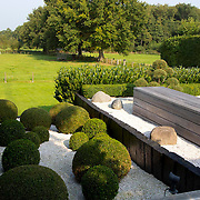 Modern Garden 1005