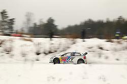 07.02.2014, Hagfors, Karlstad, SWE, FIA, WRC, Schweden Rallye, Tag 3, im Bild Sebastien Ogier/Julien Ingrassia (Volkswagen Motorsport/Polo R WRC), Action / Aktion // during Day 3 of the FIA WRC Sweden Rally at the Hagfors in Karlstad, Sweden on 2014/02/07. EXPA Pictures © 2014, PhotoCredit: EXPA/ Eibner-Pressefoto/ Bermel<br /> <br /> *****ATTENTION - OUT of GER*****