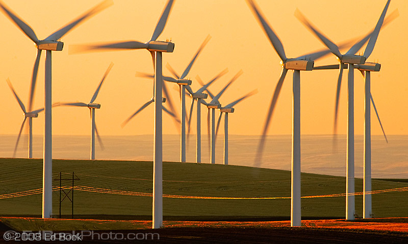 Electric Power Windmills in the Palouse rolling hills in southeastern Washington state, USA