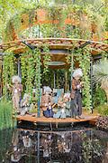 Mini Einsteins on The Wintons Beauty of Mathematics Garden by Nick Bailey.