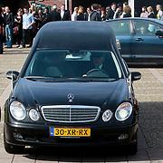 NLD/Huizen/20110402 - Uitvaart Floor van der Wal,