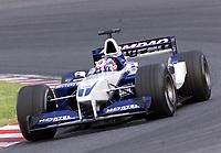 14.10.2001 Suzuka, Japan,<br />Juan Pablo Montoya im BMW-Williams am (14.10.2001) beim Formel 1 Grand Prix von Japan in Suzuka. © Jerg/Digitalsport