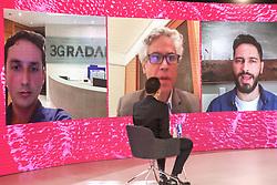 """Painel O vencedor leva tudo? Com Ricardo Geromel(E), que é Autor dos Best-sellers O Poder da China e Bi.lio.nár.ios, <br /> João Pinho de Mello(C), que é Diretor de Organização do Sistema Financeiro do Banco Central, e Ronaldo Lemos(D), que é Advogado especialista em tecnologia e sociedade durante a 34ª edição do Fórum da Liberdade. A edição de 2021 irá debater com palestrantes que são autoridades no assunto sobre os impactos das mídias sociais na liberdade de expressão, de forma com que todos os participantes possam refletir, conhecer diferentes pontos de vistas e, ao final do evento, consigam responder ao tema central da edição: """"O digital limita ou liberta?"""". Foto: Marcos Nagelstein/ Agência Preview"""