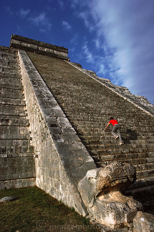 "Mayan ruins of El Castillo at Chichen Itza or ""At the mouth of the well of the Itza"", Yucatan, Mexico. MODEL RELEASED."