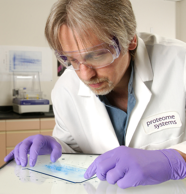 15 R&D DNA Research 0781