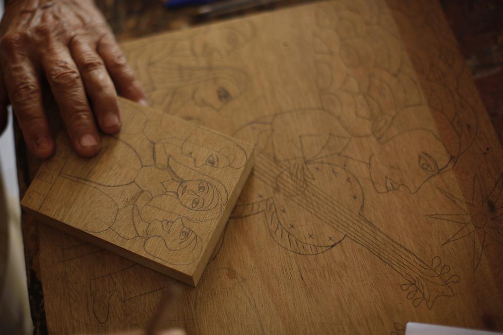 Bezerros_PE, Brasil.<br /> <br /> Atelie e oficina de J Borges, mestre da xilogravura e escritor de literatura de cordel<br /> <br /> J Borges atelie, master of the woodcut and writer of Cordel literature.<br /> <br /> Foto: LEO DRUMOND / NITRO