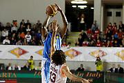 DESCRIZIONE : Roma Lega Basket A 2011-12 Acea Virtus Roma Vanoli Cremona<br /> <br /> GIOCATORE : Vakeaton Quamar Wafer<br /> <br /> CATEGORIA : tiro<br /> <br /> SQUADRA : Vanoli Cremona<br /> <br /> EVENTO : Campionato Lega Basket A 2011-2012<br /> <br /> GARA : Acea Virtus Roma Vanoli Cremona<br /> <br /> DATA : 13/11/2011<br /> <br /> SPORT : Pallacanestro <br /> <br /> AUTORE : Agenzia Ciamillo-Castoria/ A.Ciucci<br /> <br /> Galleria : Lega Basket A 2011-2012 <br /> <br /> Fotonotizia : Lega Basket A 2011-12 Acea Virtus Roma Vanoli Cremona<br /> <br /> Predefinita :