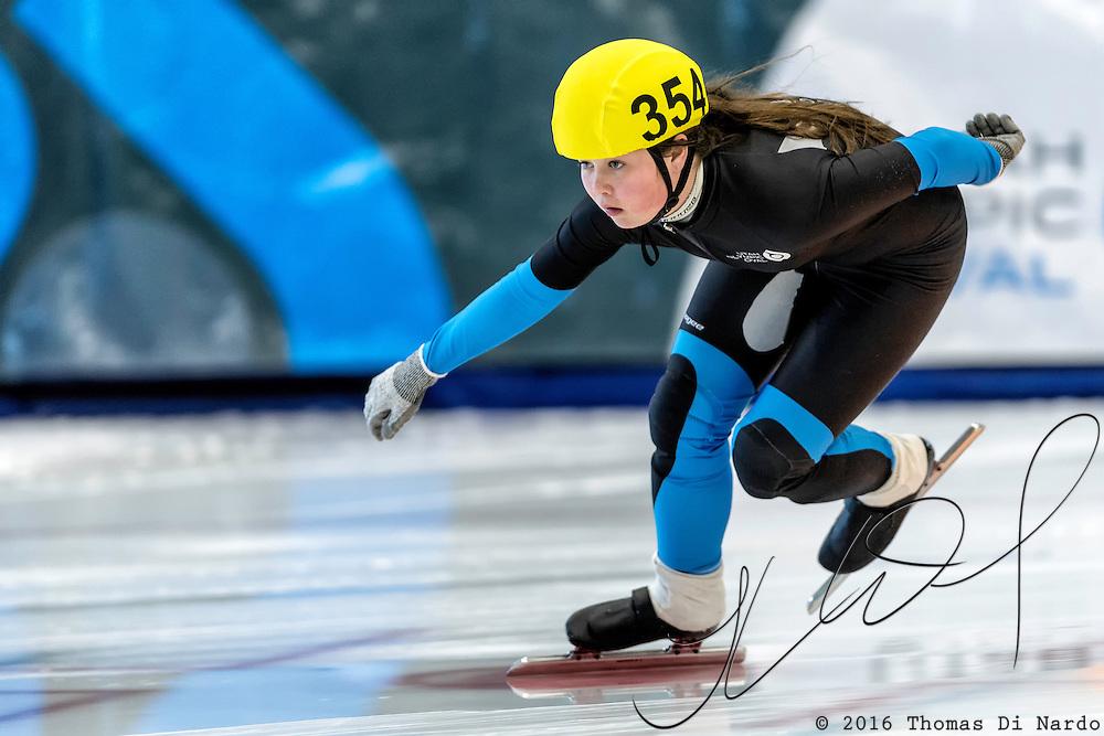 December 17, 2016 - Kearns, UT - Tessa Lessner skates during US Speedskating Short Track Junior Nationals and Winter Challenge Short Track Speed Skating competition at the Utah Olympic Oval.