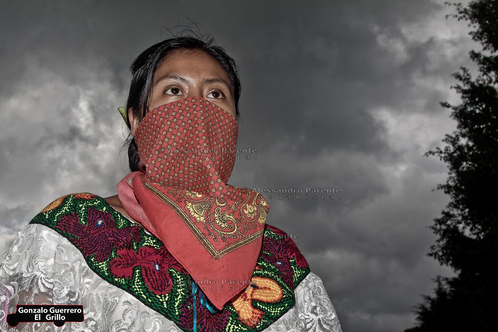 A woman of the good governament.<br /> Mujer de la junta de buen gobierno.