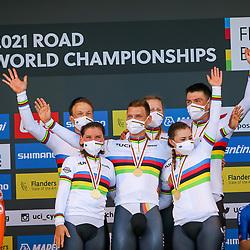 BRUGGE (BEL): CYCLING: SEPTEMBER 22th:<br /> Germany World Champion,. Lisa Brennauer, Tony Martin, Lisa Klein, Niks Arndt, Mieke Kroger, Max Walscheid