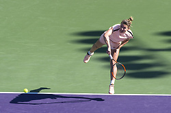 March 22, 2018 - Miami, FL, United States - Miami, FL - March, 22: Simona Halep (ROU) in action here plays at the 2017 Miami Open held at the Tennis Center at Crandon Park.   Credit: Andrew Patron/Zuma Wire (Credit Image: © Andrew Patron via ZUMA Wire)