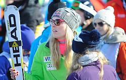12.01.2013, Karl Schranz Abfahrt, St. Anton, AUT, FIS Weltcup Ski Alpin, Abfahrt, Damen, im Bild Lindsey Vonn (USA) // Lindsey Vonn of the USA in the finish area after her run during ladies Downhill of the FIS Ski Alpine World Cup at the Karl Schranz course, St. Anton, Austria on 2013/01/12. EXPA Pictures © 2013, PhotoCredit: EXPA/ Erich Spiess