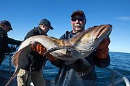 Kapten Nik Ranta med en grönfisk i Seward, Alaska<br /> <br /> Photographer: Christina Sjogren<br /> <br /> Copyright 2018, All Rights Reserved