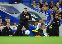 Football - 2017 / 2018 EFL (League) Cup - Fourth Round: Chelsea vs. Everton<br /> <br /> Everton caretaker Manager, David Unsworth rallies his players at Stamford Bridge.<br /> <br /> COLORSPORT/ANDREW COWIE