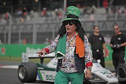 October 30, 2016 - Mexico - EUM20161030DEP33.JPG.CIUDAD DE MÉXICO Motoring/Automovilismo-F1 México.- Todo tipo de caracterizaciones se vieron en el Autódromo Hermanos Rodríguez de la Ciudad de México, durante el Gran Premio de México que se disputó este domingo 30 de octubre de 2016. Foto: Agencia EL UNIVERSAL/Alejandro Acosta/RCC. (Credit Image: © El Universal via ZUMA Wire)